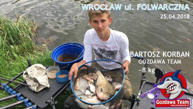 Bartek Korban z Gozdawa Team, doskonali swoje umiejetności. Co raz bardziej trzeba być dumnym. Mają 15 lat, opanował arkana połowu spławikowego na tyczce. Samodzielnie budowane zestawy, przygotowywanie zanęty i taktyki […]